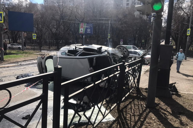 Супруги, ехавшие в Рено, погибли на месте ДТП.