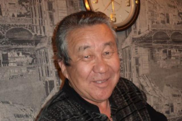 Полиция просит всех, кому что-либо известно об исчезновении Сухэ-Батор Барадиева позвонить по телефону 02.