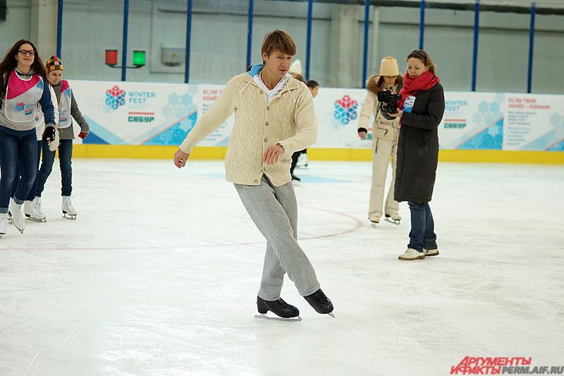 Известный спортсмен провел в краевой столице мастер-классы для подростков.