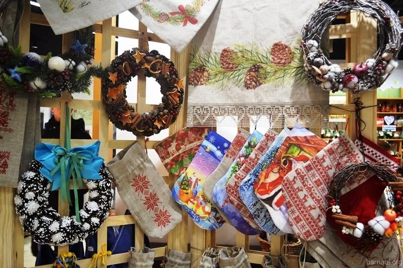 Ярмарка ремесленных товаров в Барнауле
