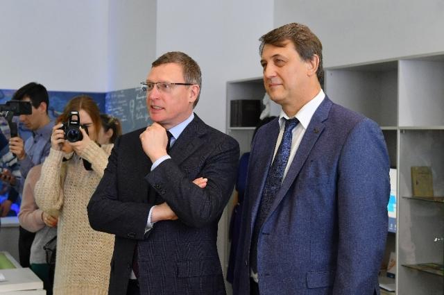 Александр Бурков на открытии библиотеки.