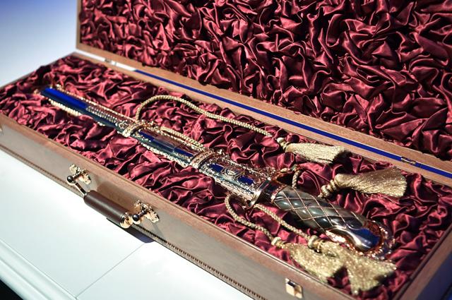 Корейский меч, подаренный Ким Чен Ыном  Владимиру Путину.