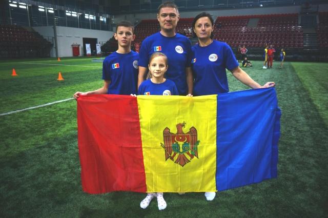 Триумфаторы - семья Харитон из Молдовы.