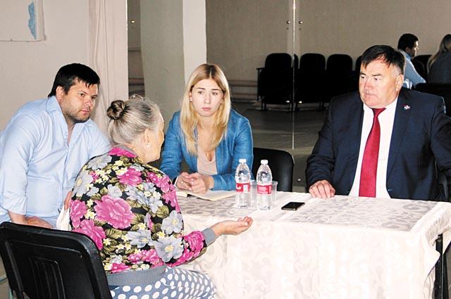 Встречи с жителями помогают понять, какие проблемы округа нужно решать в первую очередь.