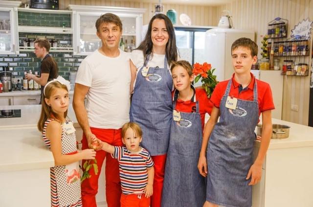Нередко Минины участвуют в мастер-классах всей семьей.