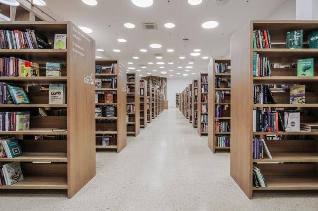 Впервые 150 000 книг выставлены для свободного пользования и самостоятельного поиска.