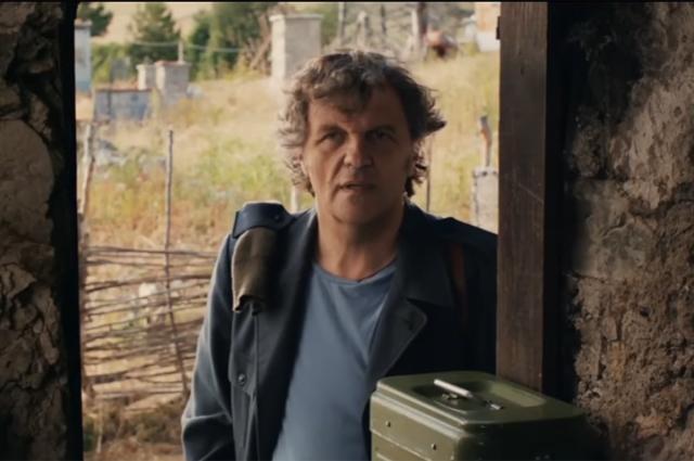 Кадр из фильма «По млечному пути».