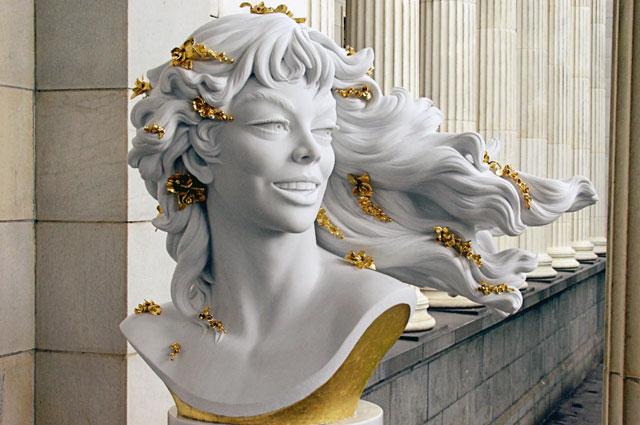 Скульптура, созданная итальянской актрисой Джиной Лоллобриджидой, навыставке «Великие женщины» вГосударственном музее изобразительных искусствим. А.С. Пушкина.