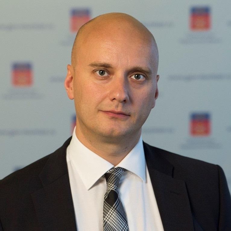 Максим Сахневич