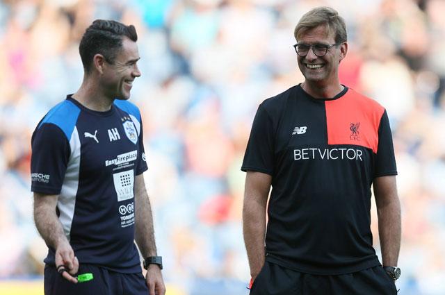 Юрген Клопп (справа) доказал, что умеет работать с футболистами. Прежде всего - он прекрасный психолог.