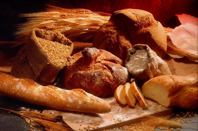 Хлебобулочные изделия сибиряки ели несколько раз в день.
