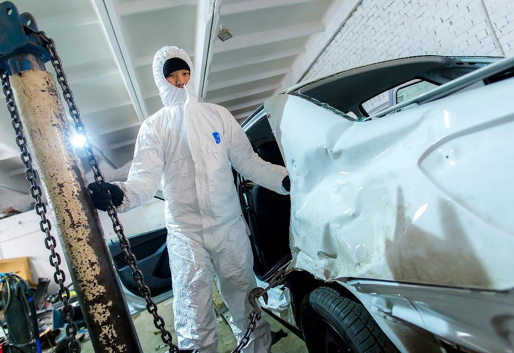 Сотрудники автосервиса берутся за устранение любых повреждений.