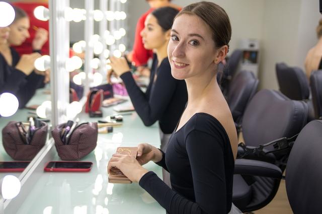 Для них, эйфмановцев, создавался этот театр, став воплощённой мечтой знаменитого на весь мир российского балетмейстера.