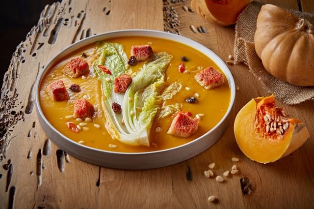 Крем-суп с тушеной капустой