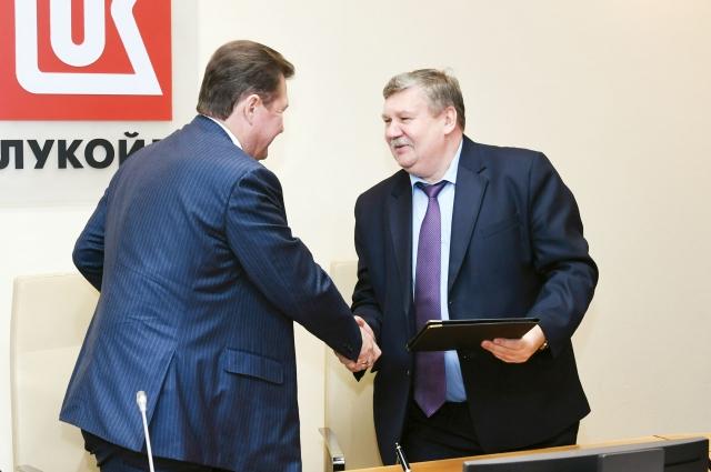 Олег Третьяков подписал соглашение с главами территорий.