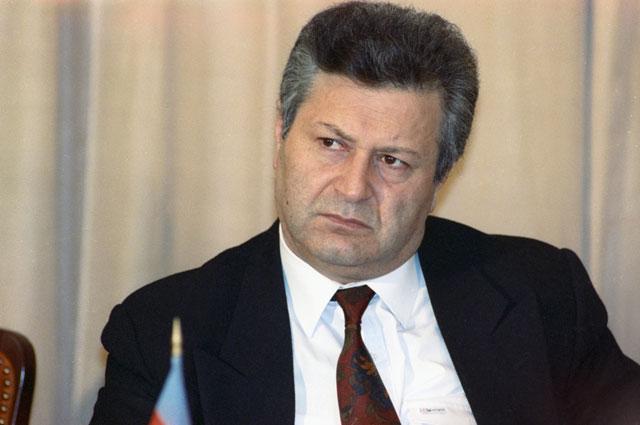 Аяз Муталибов. 1992 г.
