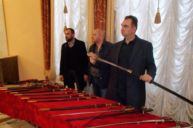 На выставке были представлены исторические образцы вооружения.