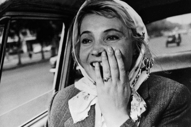 Первоначально сценарий не впечатлил актрису, сюжет показался ей банальным и простым.