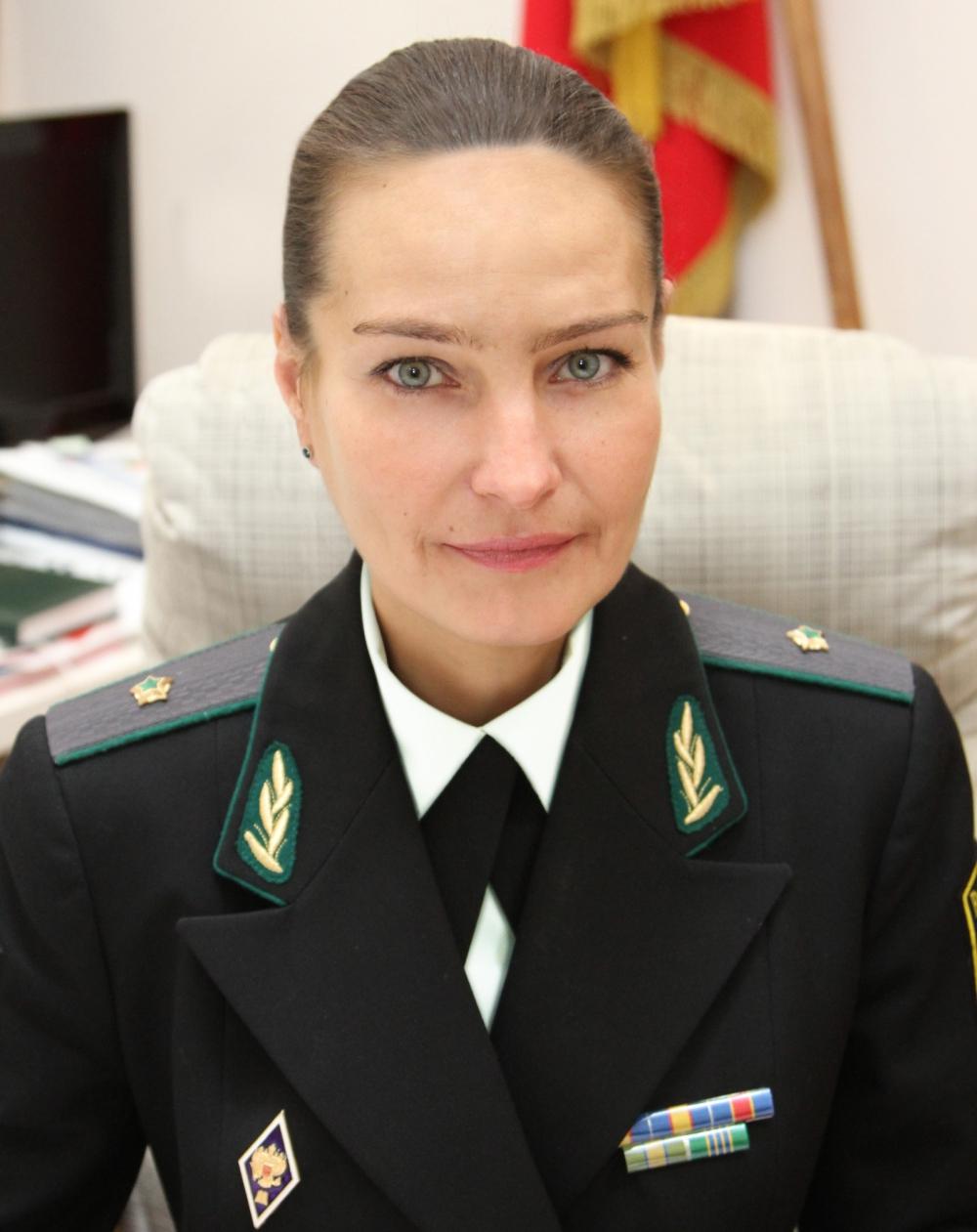Елена Ловандо.