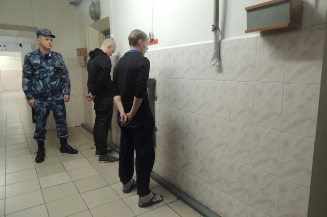Заключенные жалуются на нарушение прав вероисповедания, чтобы отбывать срок комфортнее.