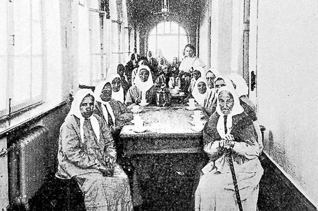 115 лет назад в корпусе паллиативного отделения ЦКБ располагалась богадельня на 60 коек.