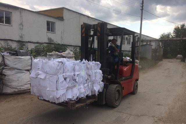 Привозить рассортированный мусор люди не спешат - деньги за него платятся небольшие
