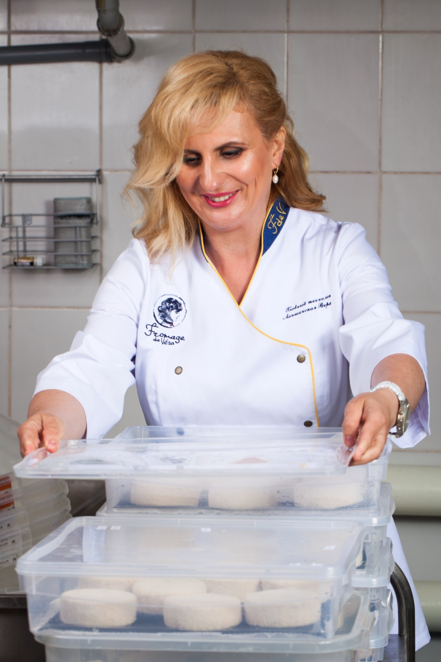 Сыровар Вера Лапшинская не поддалась этому тренду. В 2020 году она сумела не только сохранить производство и места для сотрудников.