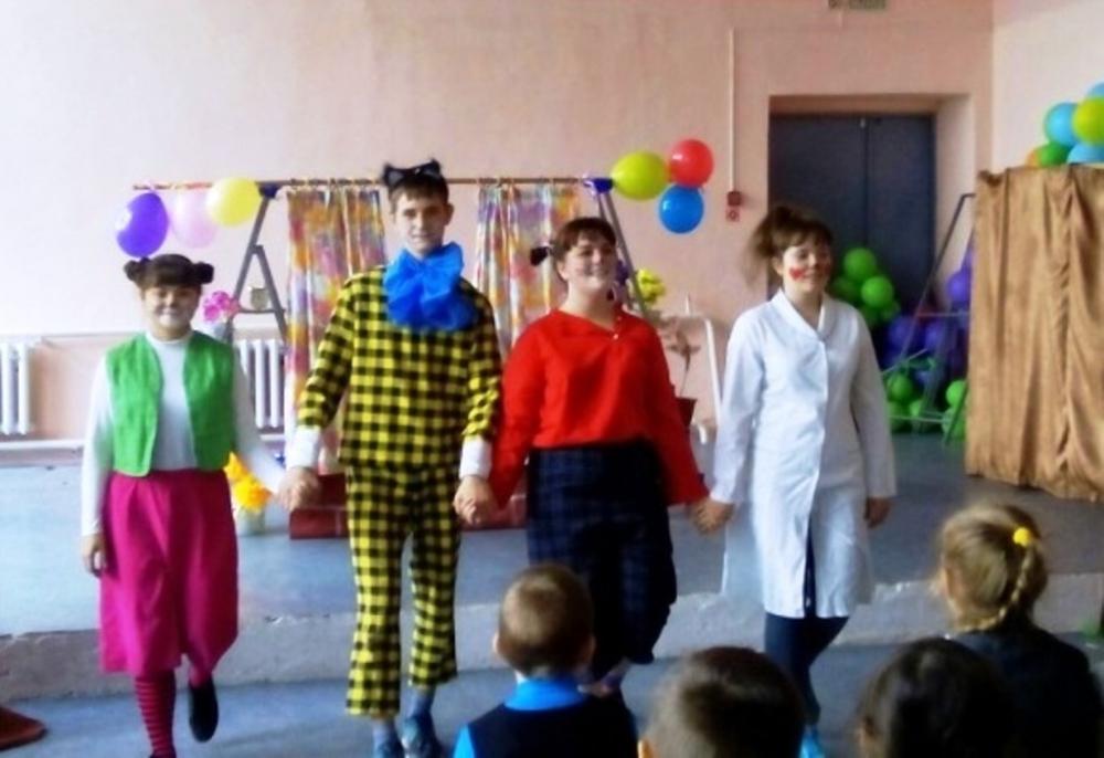 Детский театр–студия «Респект» всегда желанный гость томинских мальчишек и девчонок.