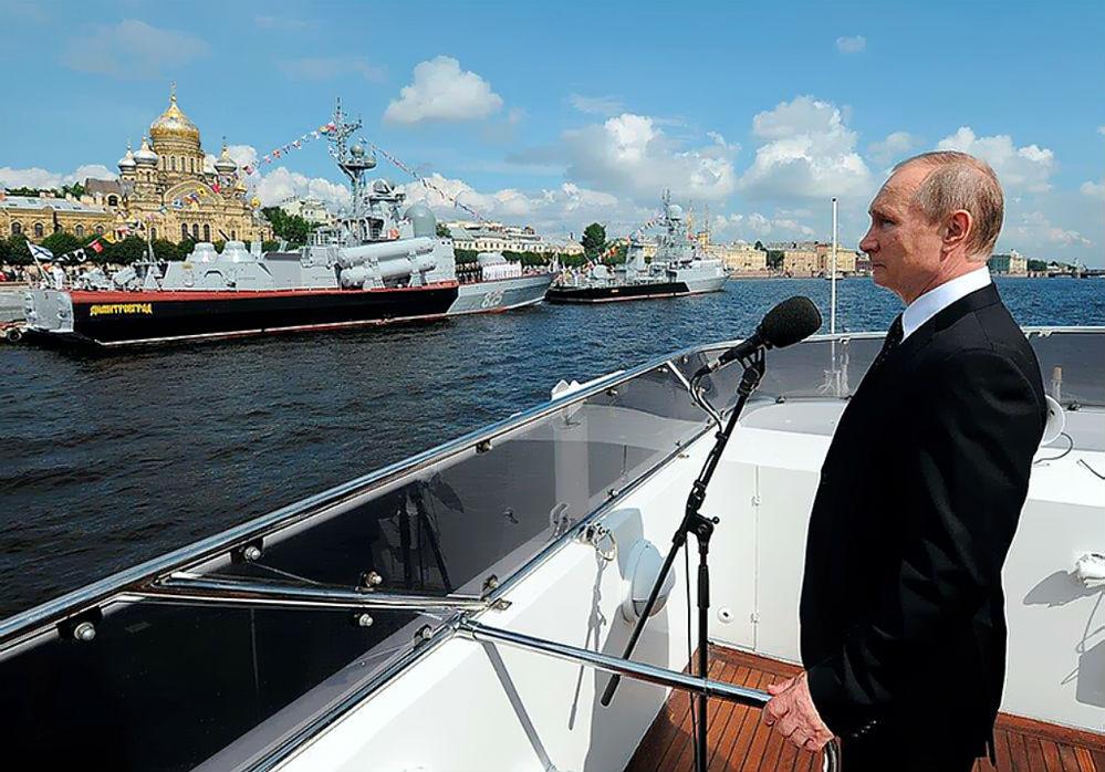 Верховный главнокомандующий наблюдал наш катер «Димитровград» в деле.
