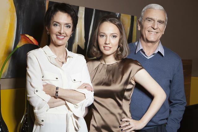 Вероника Изотова с семьей.