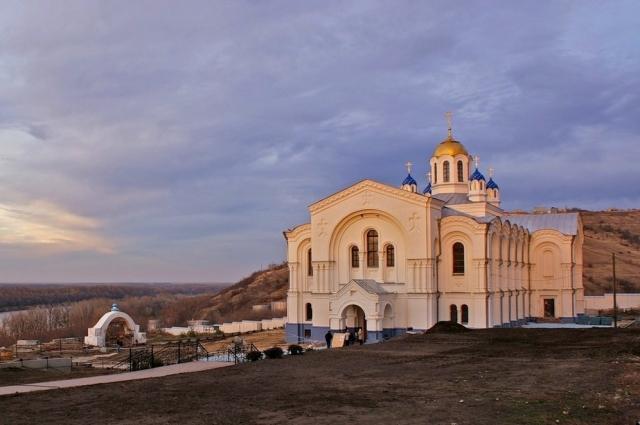 Усть-Медведецкий монастырь