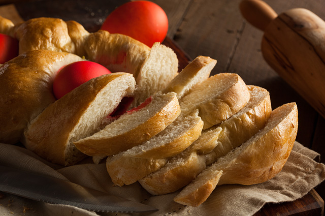 Греческий пасхальный пирог