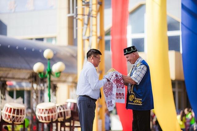 Николай Ким всегда рад гостям.