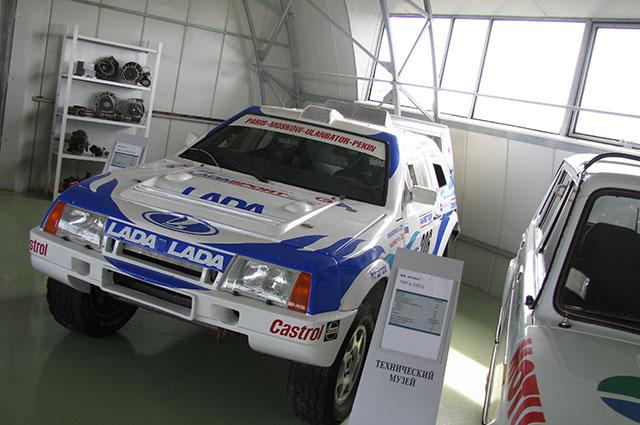 Есть в линейке моделей ВАЗа и гоночные автомобили.