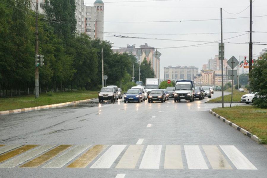 Бульвар Победы, который не так давно попал в чёрный список небезопасных дорог, отремонтировали в числе первых.