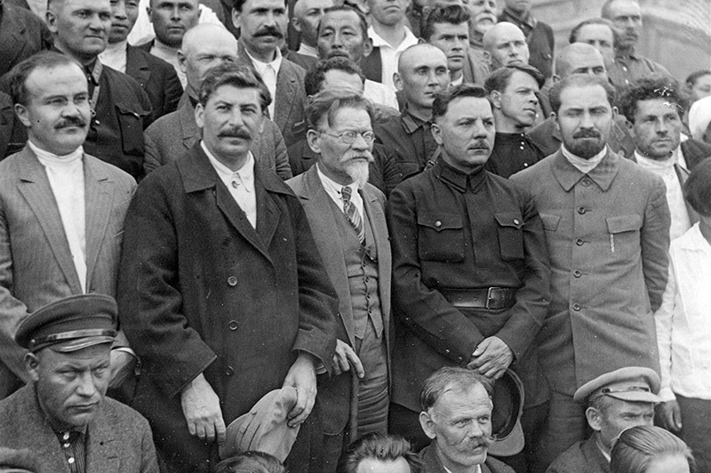 В. Молотов, И. Сталин, М. Калинин, К. Ворошилов на 16-м съезде ВКП(б) в Москве. Июля 1930 г