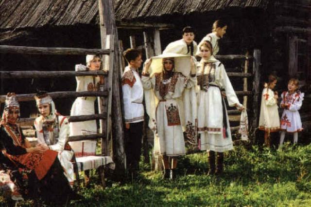 Хорошее средство сохранения традиций - праздники.