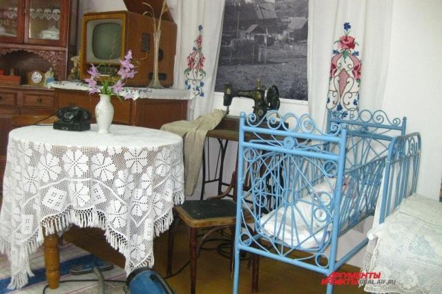 Нина Савельевна Коваль почти каждый день приходит в свой любимый музей.
