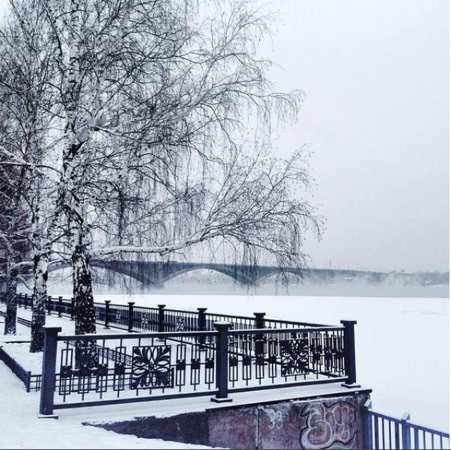 Коммунальный мост через Енисей.