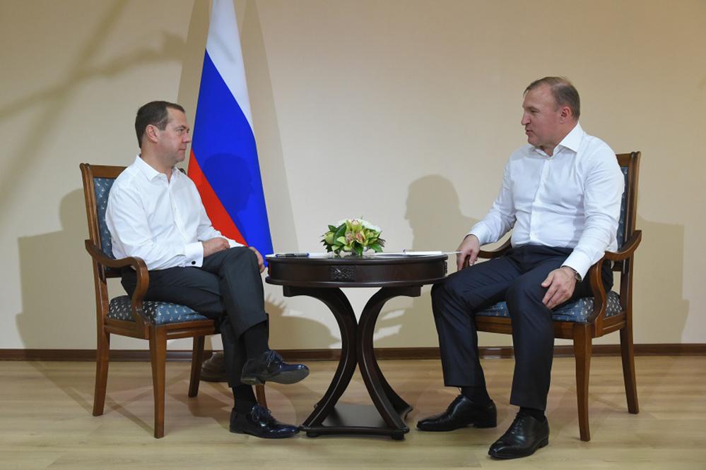 Дмитрий Медведев и Мурат Кумпилов.