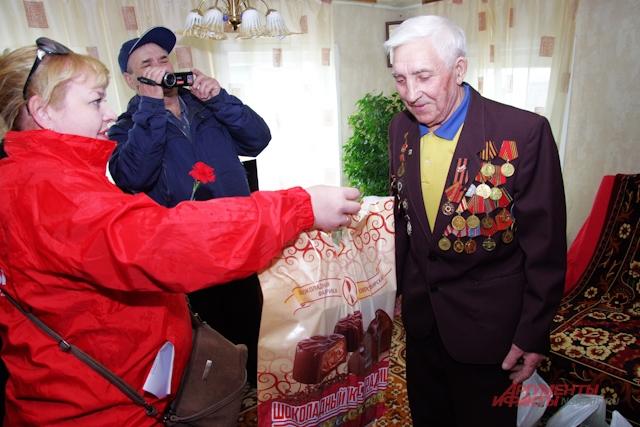 Подарки для Ивана Анисимова.