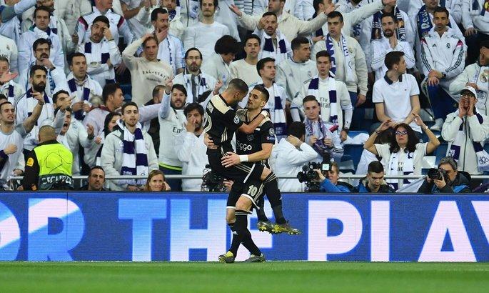 В матче 1/8 финала Лиги чемпионов Аякс уверенно обыграл Реал Мадрид.