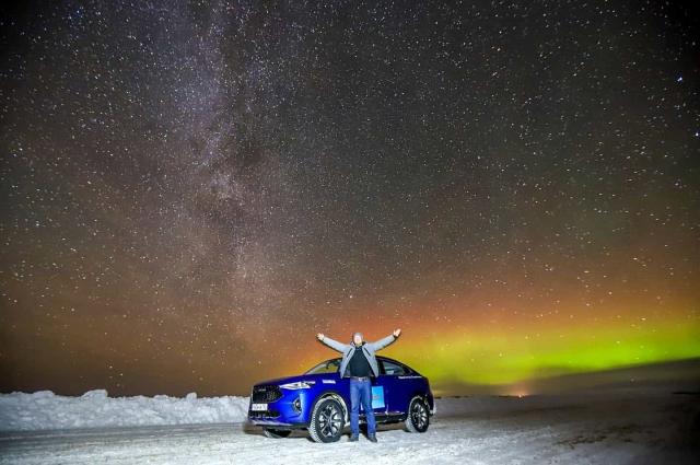 Северное сияние на полуострове Ямал- захватывающий вид длинной ночи севера.