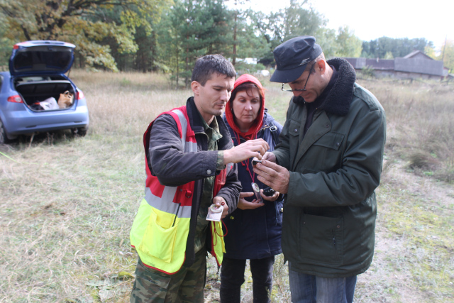 Председатель поисково-спасательного отряда «Черноземье» Борис Неупокоев рассказывает как пользоваться компасом