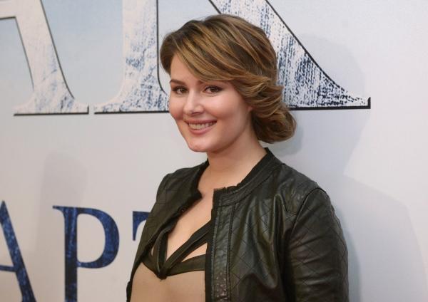 Актриса Мария Кожевникова напремьере фильма «Призрак» вкинотеатре «Октябрь» вМоскве.