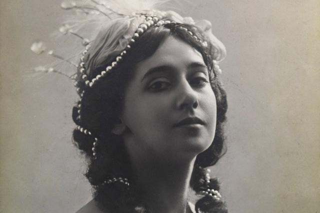 В эмиграции Тамара продолжала блистать на сцене и заниматься преподавательской деятельностью.