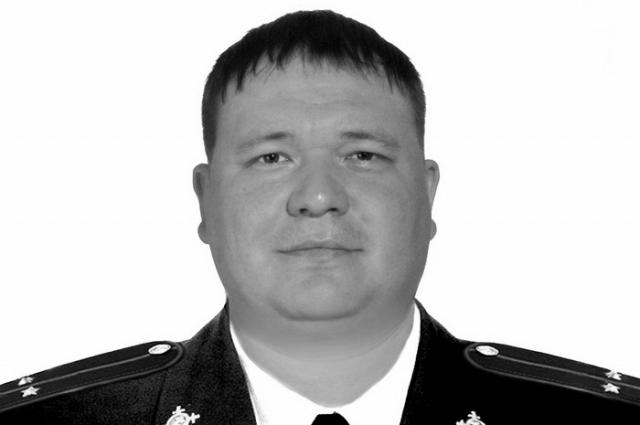 Погибший Евгений Бумажников.
