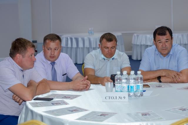 Также на форуме обсудили реализацию партийных проектов.