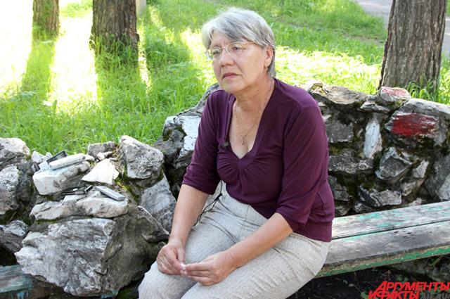 Валентина Гарнцева оформила опеку над тремя внуками: их мать погибла в машинном зале Саяно-Шушенской ГЭС.