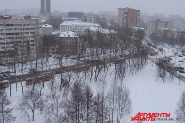 В Мотовилихинском районе Перми встали трамваи